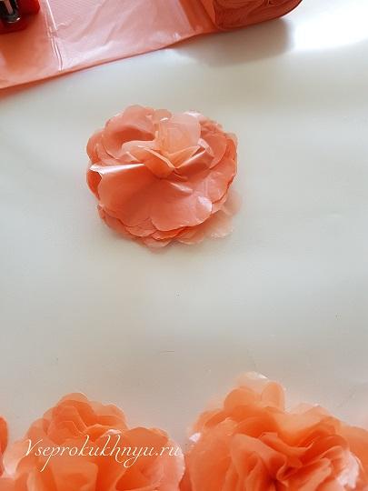 Изготовление цветов из пакетов фото