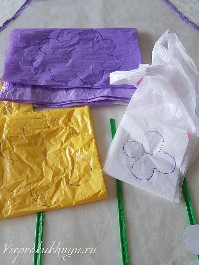 Цветы из целлофановых пакетов