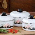 Как отчистить эмалированную кастрюлю от пригоревшей пищи