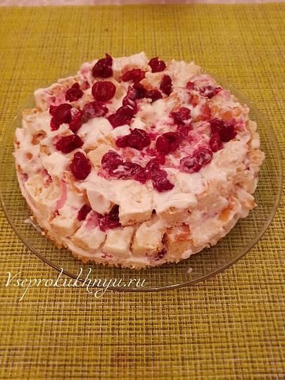 Сборка торта с вишней шаг 8