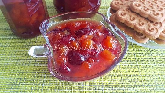 Варенье из нектаринов, персиков и черешни