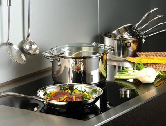 Полезные советы хозяйкам по уходу за посудой из нержавейки