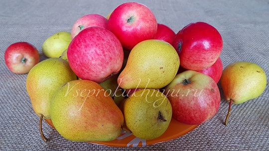Груши и яблоки на варенье