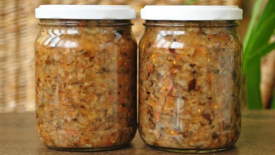 Грибная икра из опят с морковью и луком