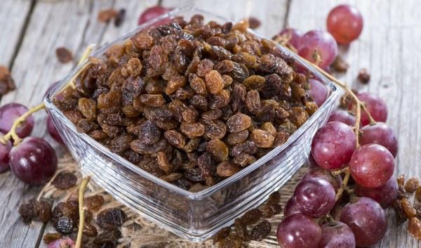 Сушеный виноград - целебные свойства