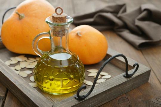 Масло тыквы. Полезные свойства и противопоказания