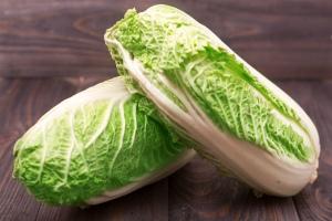 Польза и вред пекинсой капусты для здоровья человека, противопоказания