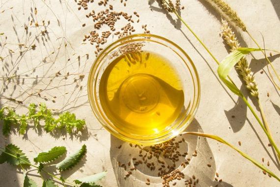 Выбор и хранение льняного масла