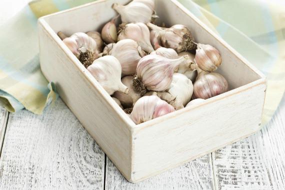 Как сохранить головки чеснока на длительное время
