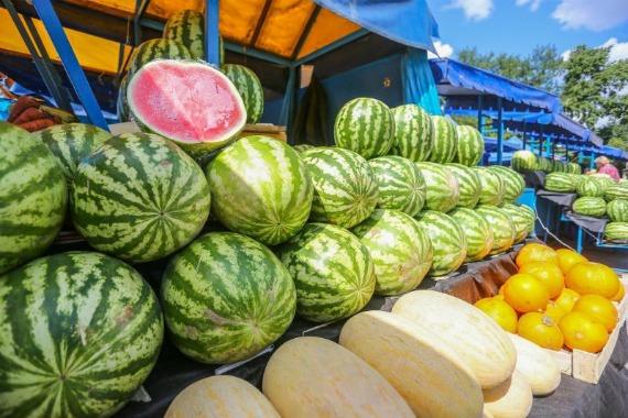 Что предпочтительнее – рынок или магазин?