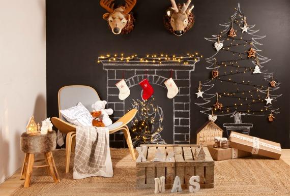 Как украсить стены дома на новый год