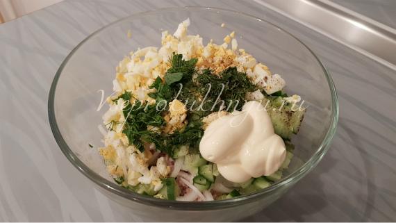 Приготовление салата с тунцом пошагово