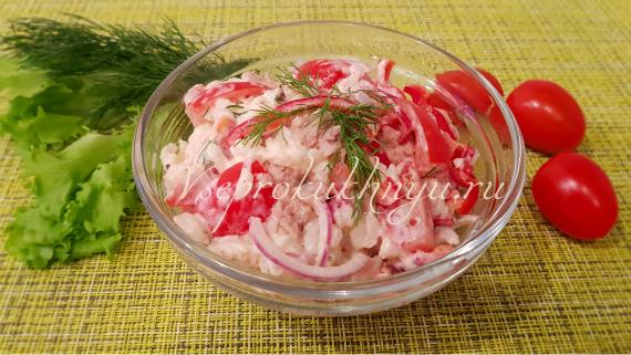 Рецепт салата с тунцом, рисом и овощами