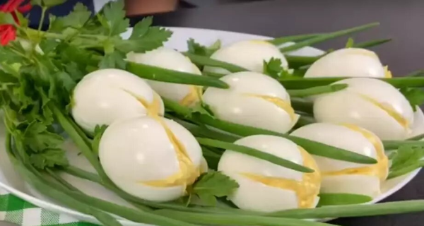 Пасхальная закуска Белые тюльпаны